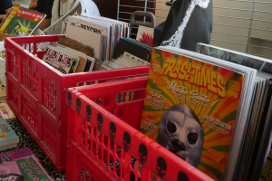 Vinyles, cds et goodies